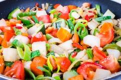 Vegetais cortados na bandeja Imagem de Stock