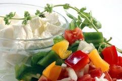 Vegetais cortados para a salada Fotografia de Stock