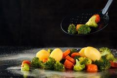 Vegetais cozinhados na bandeja Fotografia de Stock