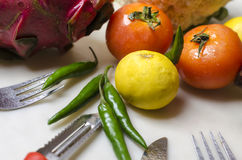 Vegetais de fruto do dragão da couve dos tomates do cal Foto de Stock