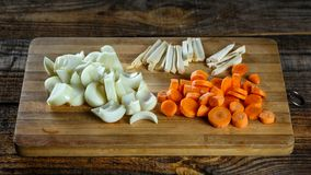 Vegetais desbastados como ingredientes Imagens de Stock Royalty Free