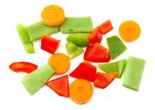 Vegetais desbastados Pimenta vermelha, verde, cenoura e Fotos de Stock