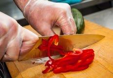 Vegetais do corte do cozinheiro chefe Imagem de Stock