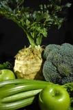 Vegetais e frutos verdes - aipo, maçãs, celer da raiz de aipo Imagens de Stock