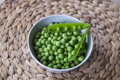 Vegetais frescos, verdes, semente, ervilha, vegetariano foto de stock