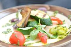 Vegetais grelhados em uma placa Fotografia de Stock