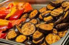 Vegetais grelhados na cozinha Fotos de Stock
