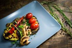 Vegetais grelhados na placa Imagens de Stock Royalty Free