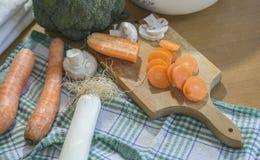 Vegetais na cozinha Imagens de Stock Royalty Free