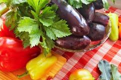 Vegetais na mesa de cozinha Foto de Stock Royalty Free