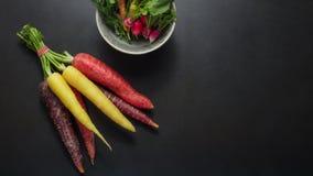 Vegetais na tabela Imagens de Stock