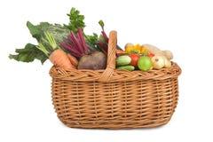 Vegetais no handbasket. Imagens de Stock Royalty Free