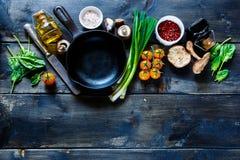 Vegetais orgânicos frescos Fotos de Stock Royalty Free