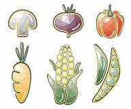 Vegetais originais: milho, cogumelo, beterrabas, pimentas, cenouras, ervilhas Fotos de Stock