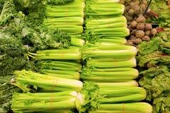 Vegetais para a venda em uma mercearia Foto de Stock Royalty Free