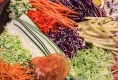 Vegetais shredded crus diferentes como exemplo de uma dieta saudável Imagem de Stock Royalty Free