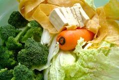 Vegetais verdes frescos e batido verde Fotografia de Stock