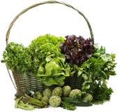 Vegetal misturado na cesta Imagem de Stock