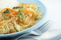 Vegetariër gebraden vermicelli met rijst Stock Afbeeldingen