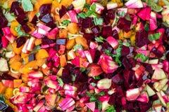 Vegetariër of veganistrecept voor hondevoer, verse ruwe appelen en ve stock fotografie