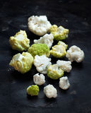 vegetarian еды принципиальной схемы cauliflower свежий healty органический сырцовый Стоковые Фотографии RF