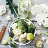 vegetarian еды принципиальной схемы cauliflower свежий healty органический сырцовый Стоковое Фото