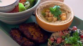 vegetarian тарелки здоровый Этичная кухня акции видеоматериалы