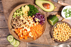 Free Vegetarian Bowl Salad Stock Photography - 68351182