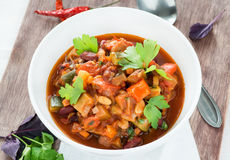 Vegetarian chilli with red and white beans Stock Photography