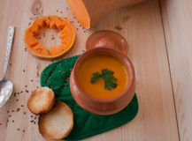 Vegetarian cream soup from a pumpkin with toasts Stock Photography
