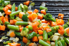 Vegetarian healthy vegetable food on grill pan Royalty Free Stock Photos