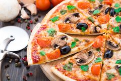 Vegetarian pizza Stock Photos