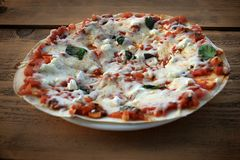 Vegetarian Pizza, Rustic Setting Royalty Free Stock Images