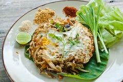 Vegetarisch Thais voedsel (Stootkussen Thai) Stock Foto's