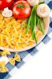 Vegetarisch voedsel met tomaat en champignons Royalty-vrije Stock Afbeeldingen