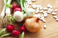 Vegetarische groenten en voedingsmiddelen stock afbeelding