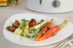 Vegetarische low-calorie lunch royalty-vrije stock foto's
