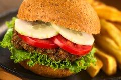 Vegetarischer Linsen-Burger Lizenzfreies Stockfoto