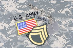 Vegetazione lussureggiante del sergente maggiore dell'ESERCITO AMERICANO, linguetta del tiratore franco, toppa della bandiera, co Immagini Stock