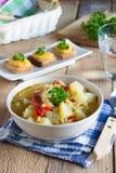 Veggiesuppe mit Linsen und Bulgur Stockfotos