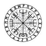 Vegvisir,古老冰岛语北欧海盗不可思议的航海指南针与斯堪的纳维亚诗歌的 免版税图库摄影