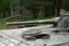 Vehículo blindado de transporte de personal militar del armamento, vehículo blindado imagen de archivo