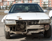 Vehículo de la emergencia después del accidente de tráfico Fotos de archivo libres de regalías