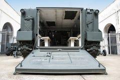 Vehículo de transporte militar del campo de batalla. Fotos de archivo libres de regalías