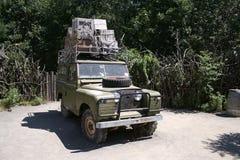 Vehículo del safari Fotos de archivo libres de regalías