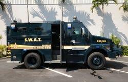 Vehículo policial del control de muchedumbre Imagenes de archivo