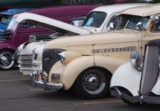 Vehículos clásicos restaurados del vintage Fotografía de archivo