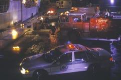 Vehículos de la emergencia en el 3area de embarque Imagen de archivo libre de regalías