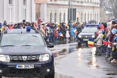 Vehículos policiales en un evento nacional Foto de archivo