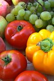 Vehículos y fruta coloridos Imágenes de archivo libres de regalías